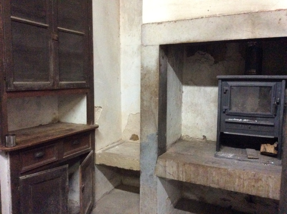 the original kitchen cupboard, the old manor house, Portugal