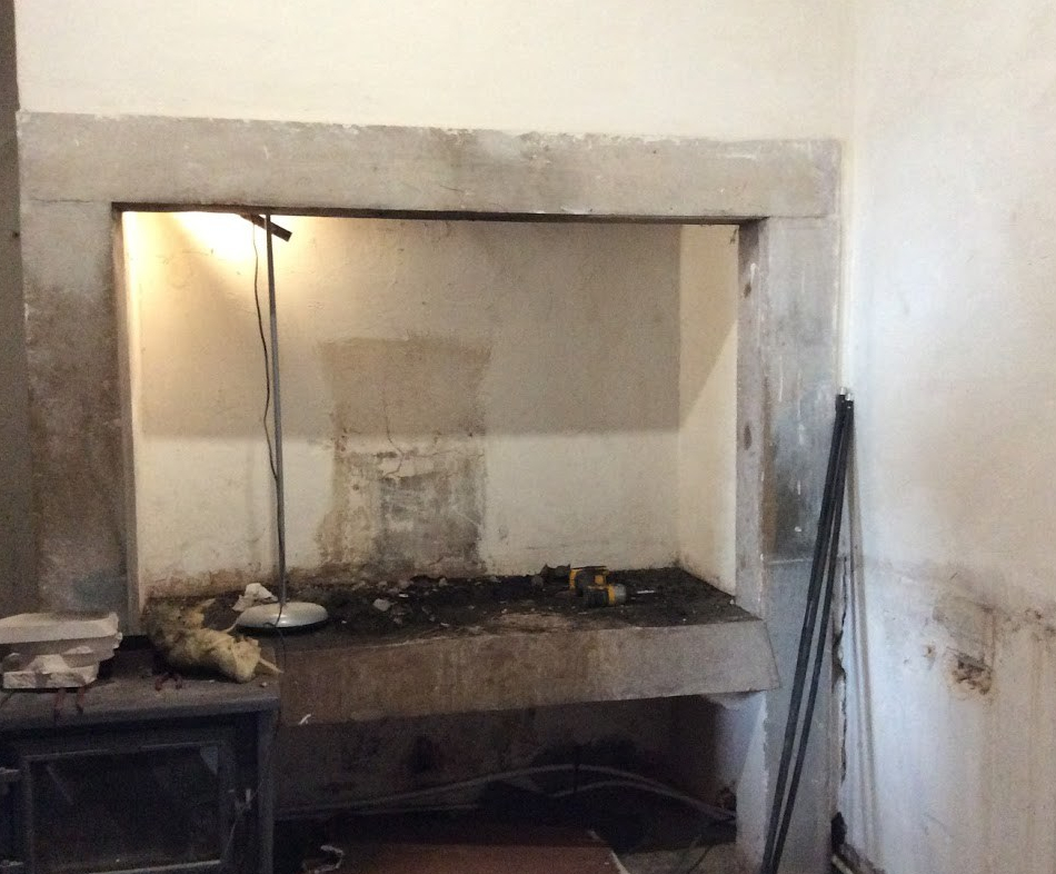 Installing a new kitchen, The old manor house Portugal