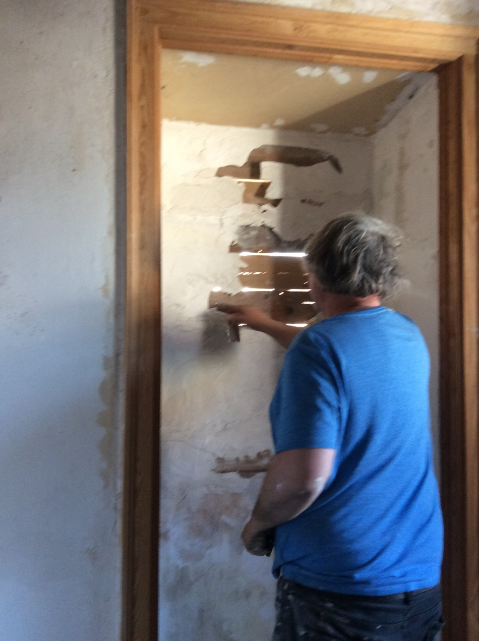 Restoring windows in an old house. Renovation of an old manor house, Portugal
