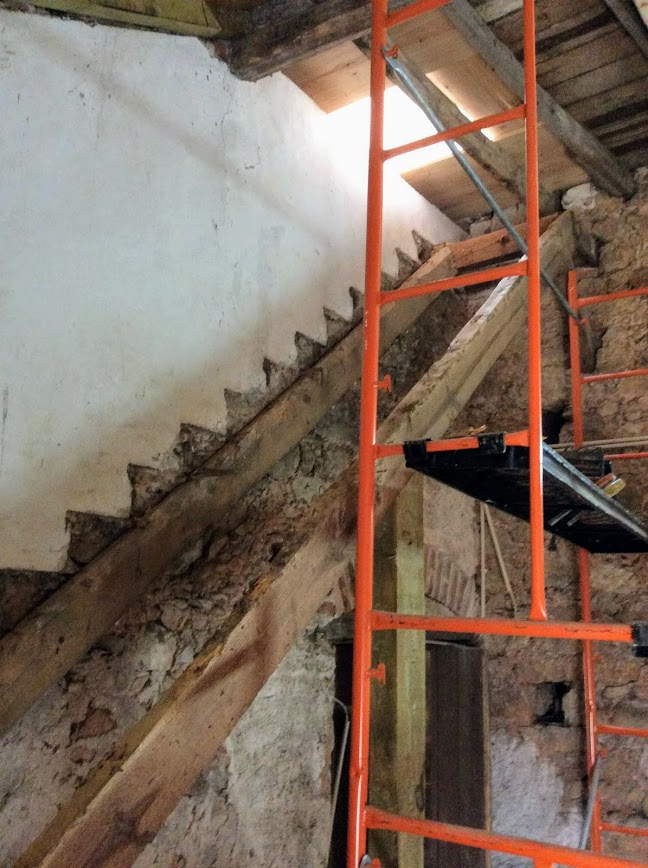 Removing an old stair case. Renovation of an old manor house in Portugal
