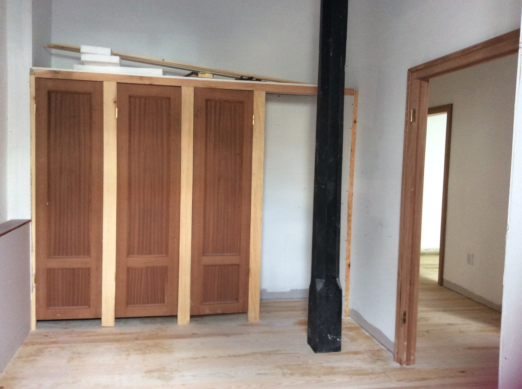 how to make handmade bespoke wooden wardrobes