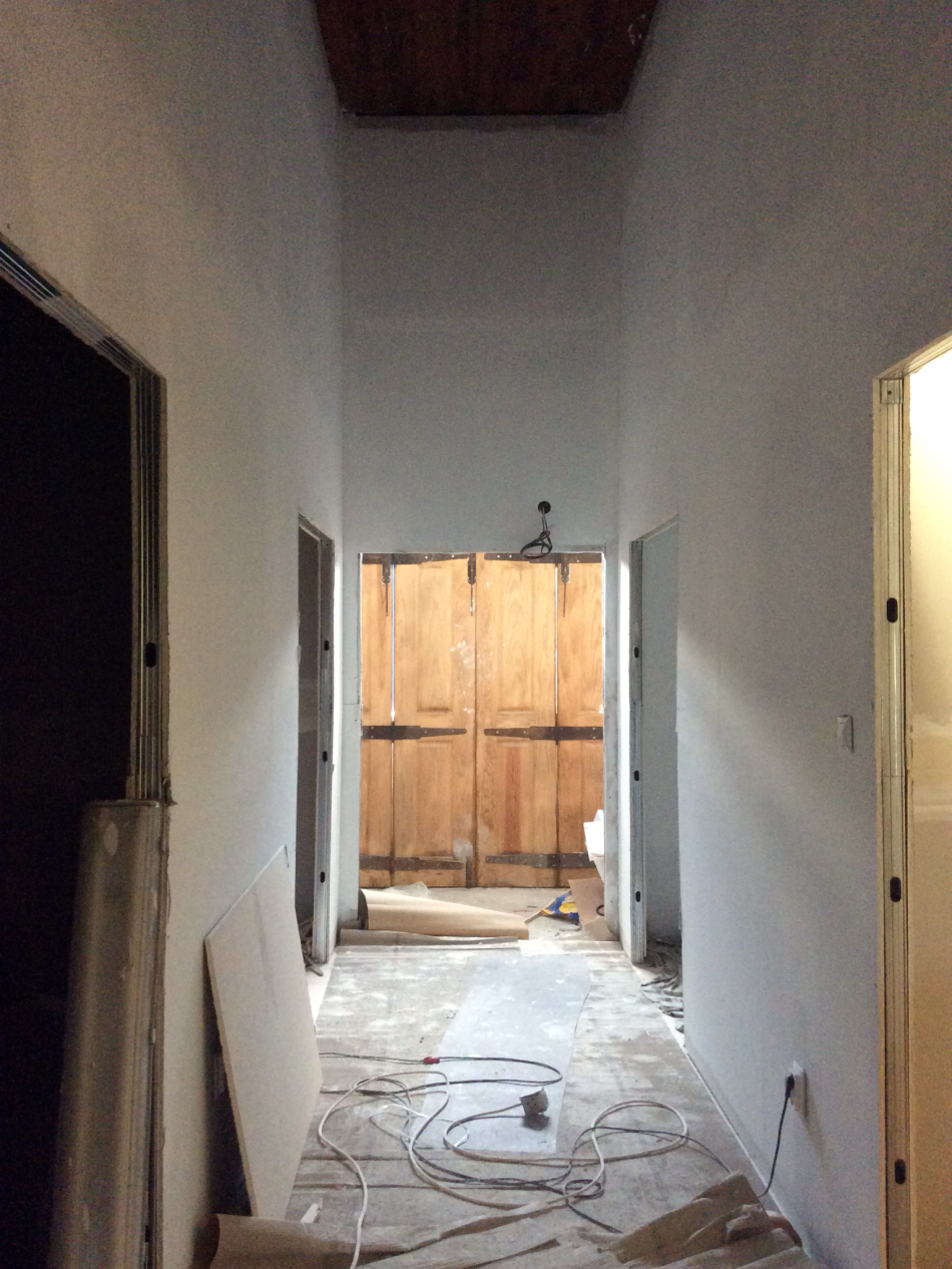 Painting the new walls in the old manor house Portugal